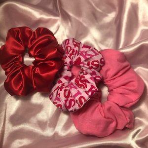 Accessories - Valentine's Day Scrunchie Set